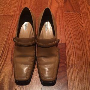 Nicole classics in excellent condition